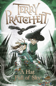 A Hat Full of Sky Paperback Book Cover by Terry Pratchett